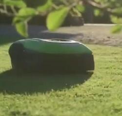 机器人割草机